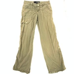 best place for choose newest outlet store Women Guess Khakis Pants on Poshmark